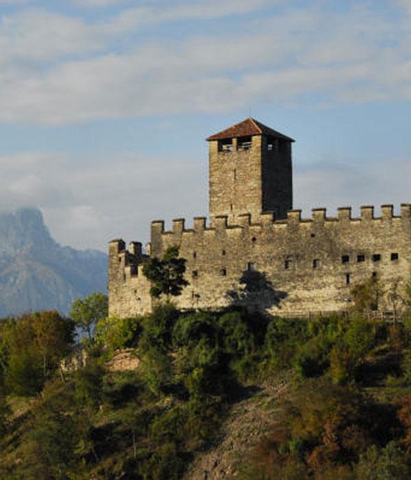 Castello-di-Zumelle-F05
